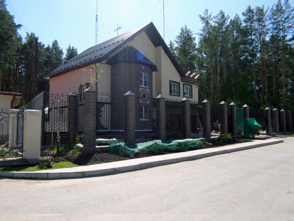 Загородная недвижимость в Екатеринбурге и области под ключ